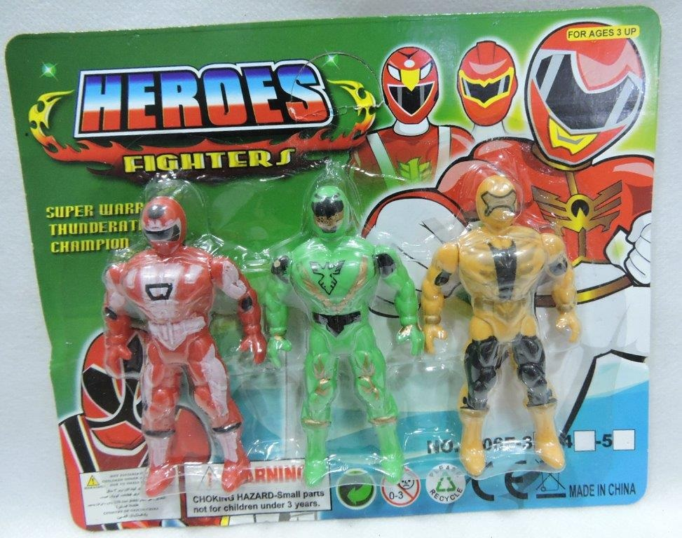 BONECO HEROES FIGHTERS CARTELADOS C/ 3UNID 9CM - REF- TS2395